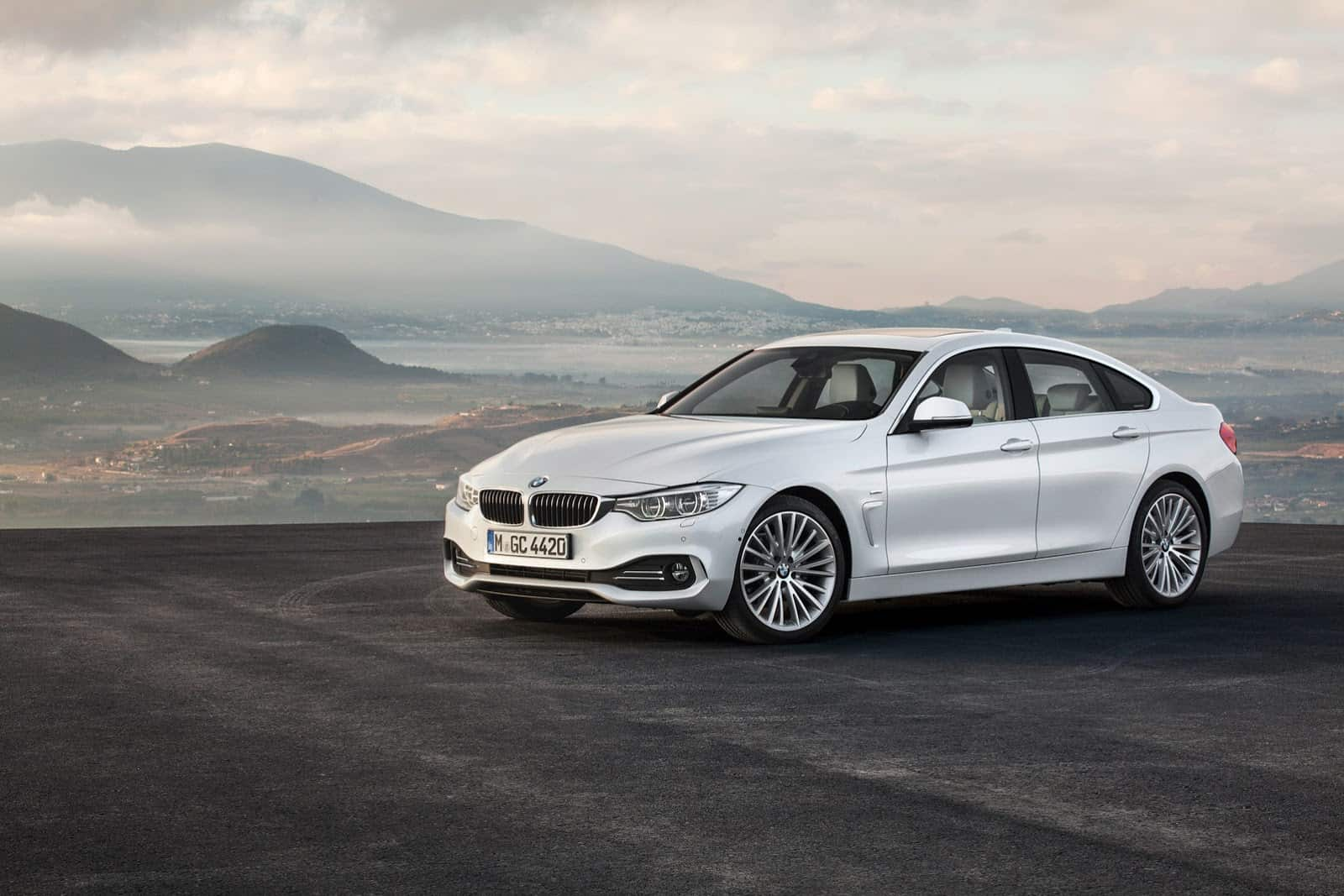 2015-BMW-4-Series-Gran-Coupe-61