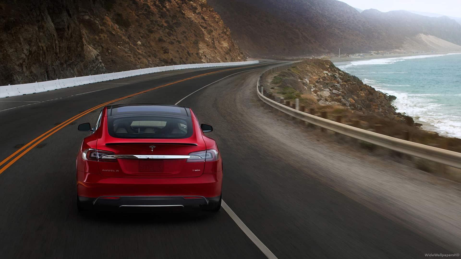 2013-Tesla-Model-S-V6-1080-WideWallpapersHD