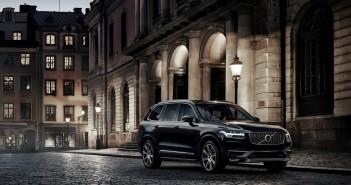 2015-Volvo-XC90-10