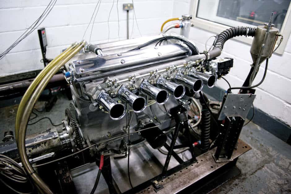 jaguar-e-type-7f0b51a48b9e8388d0-940-0-1-95-1