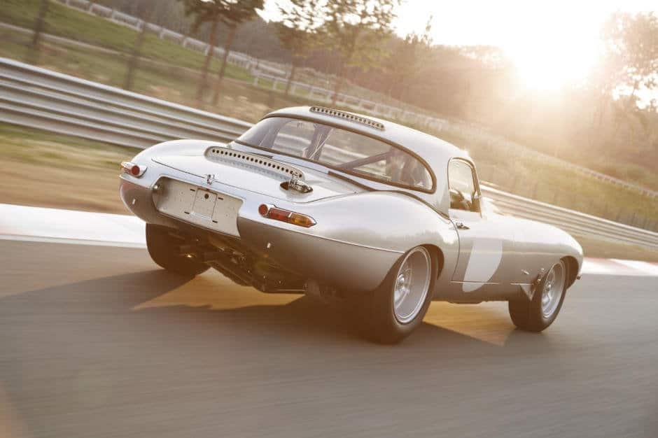 jaguar-e-type-c66a01a48b8e8c2f28-940-0-1-95-1