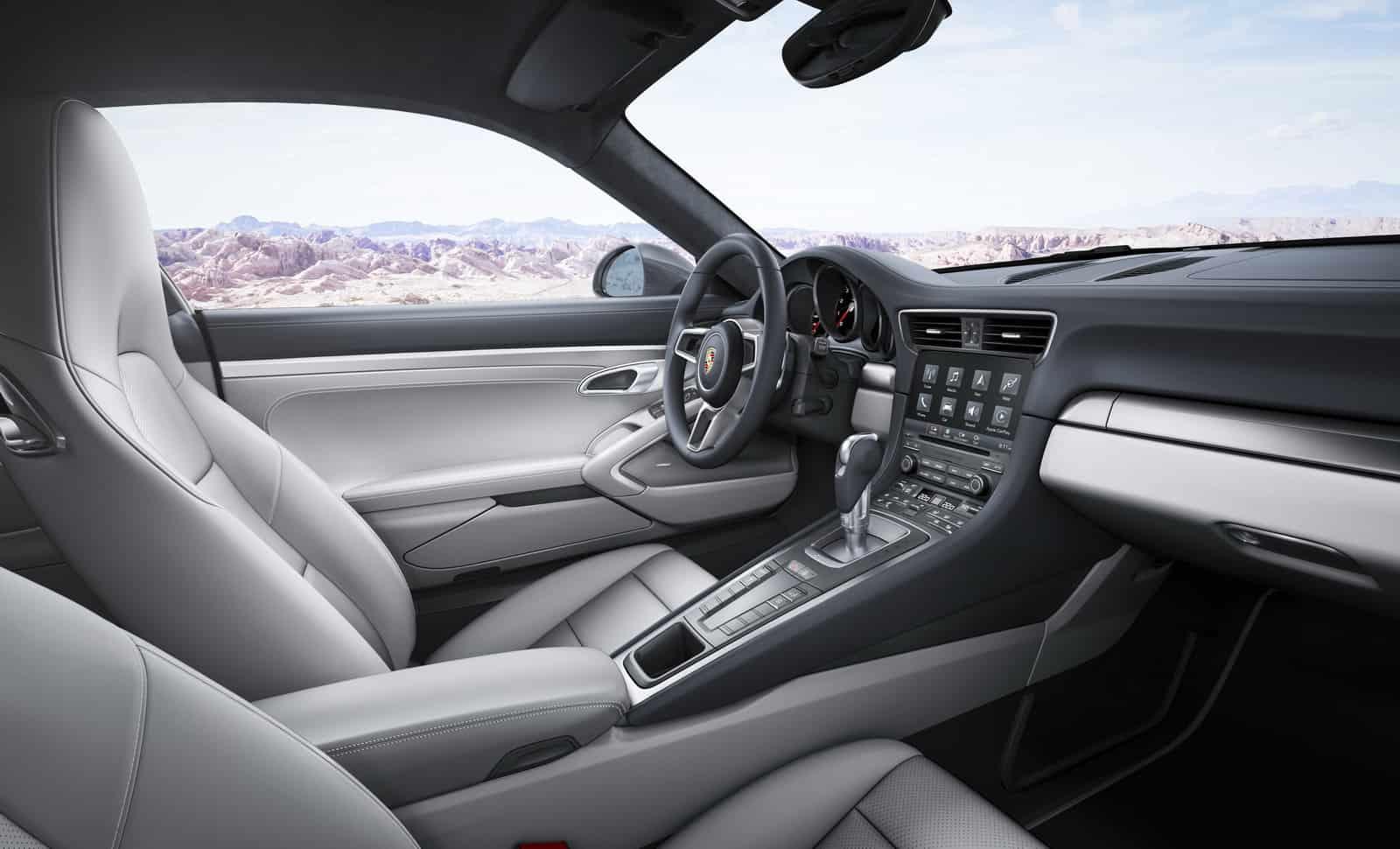 2016-Porsche-911-9