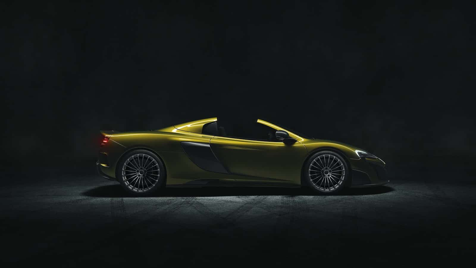 McLaren-675LT-Spider-5