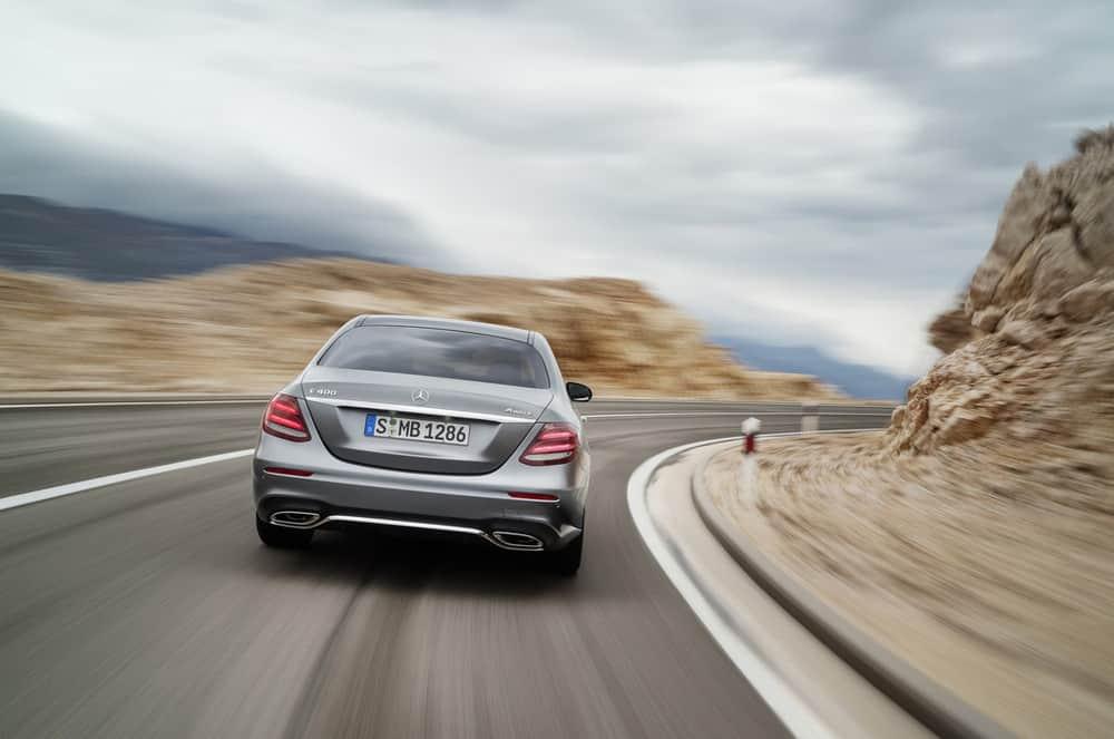 2017-Mercedes-E-Class-29