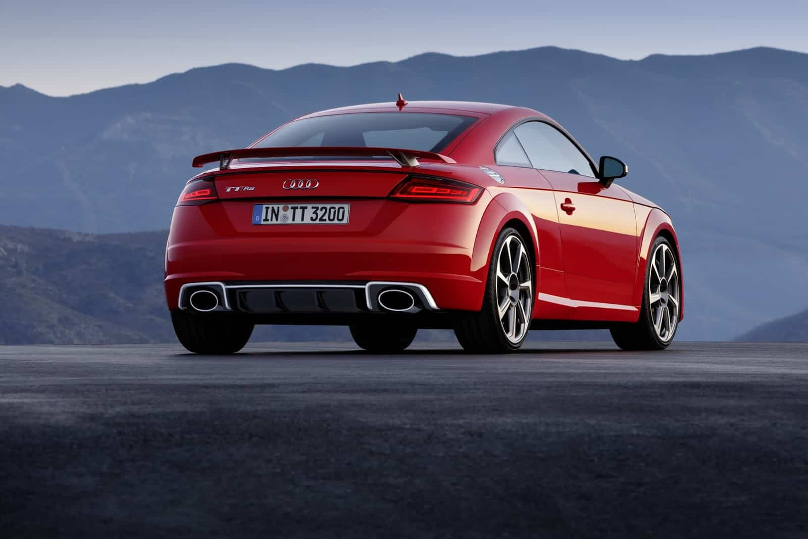 Audi-TT-RS-Coupe-6