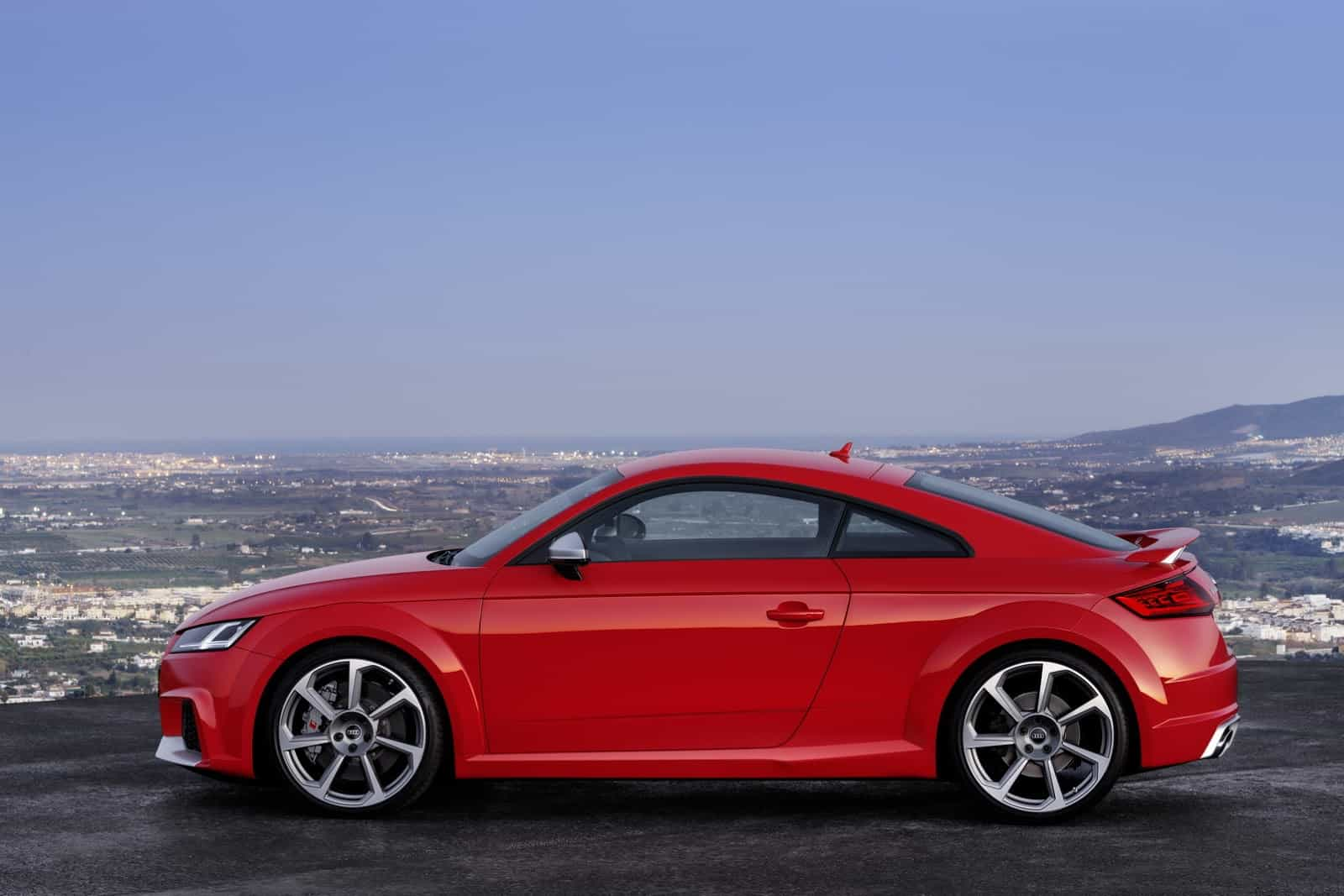Audi-TT-RS-Coupe-8