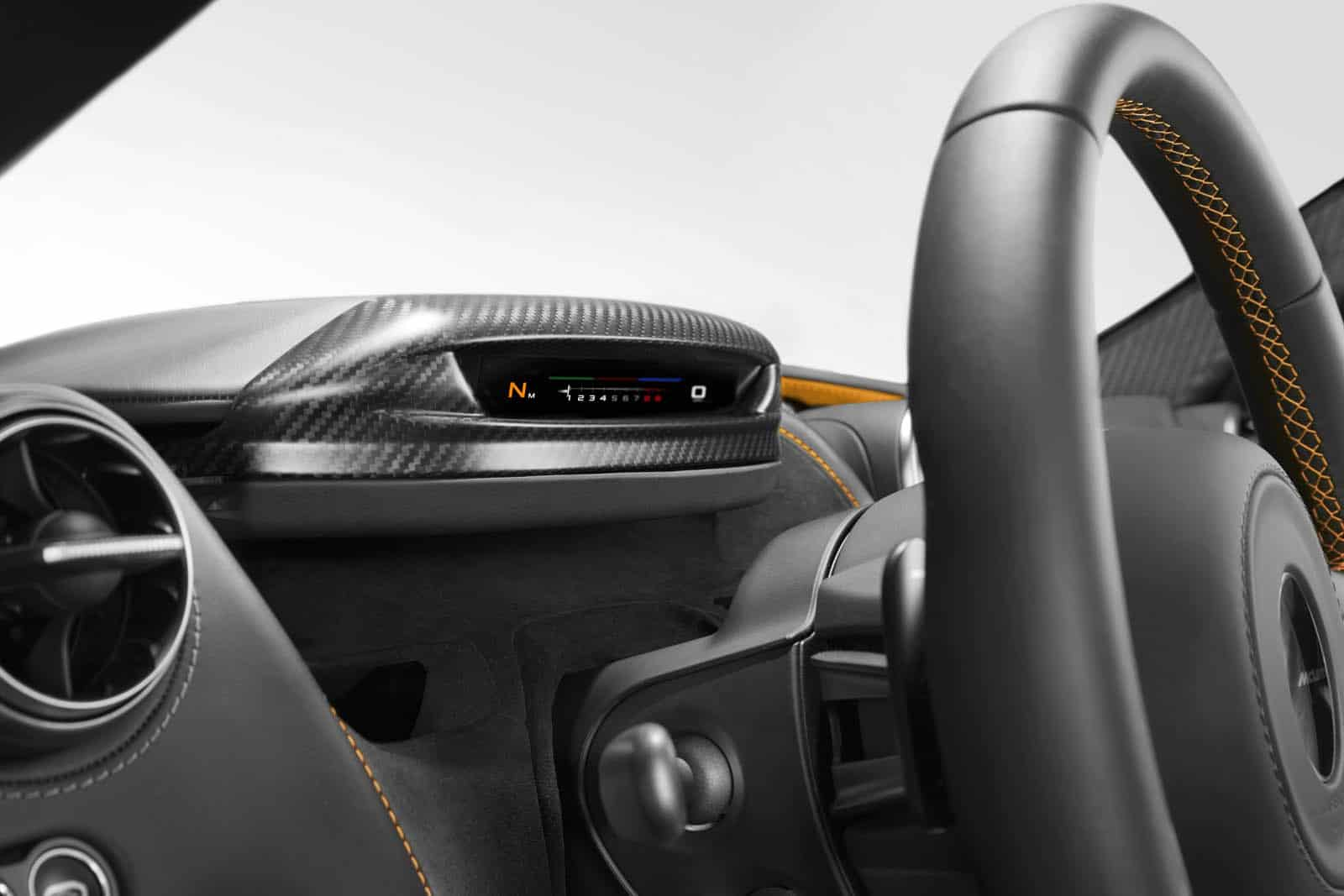 P14 Folding Driver Display Image Down_final_release date 010317 copy