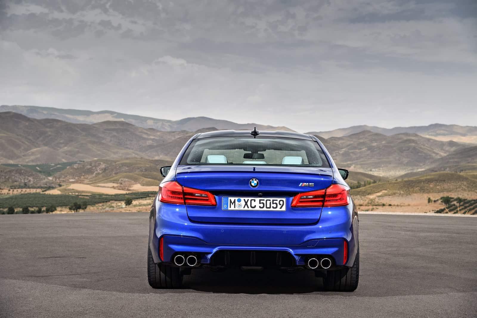 BMW-M5-24