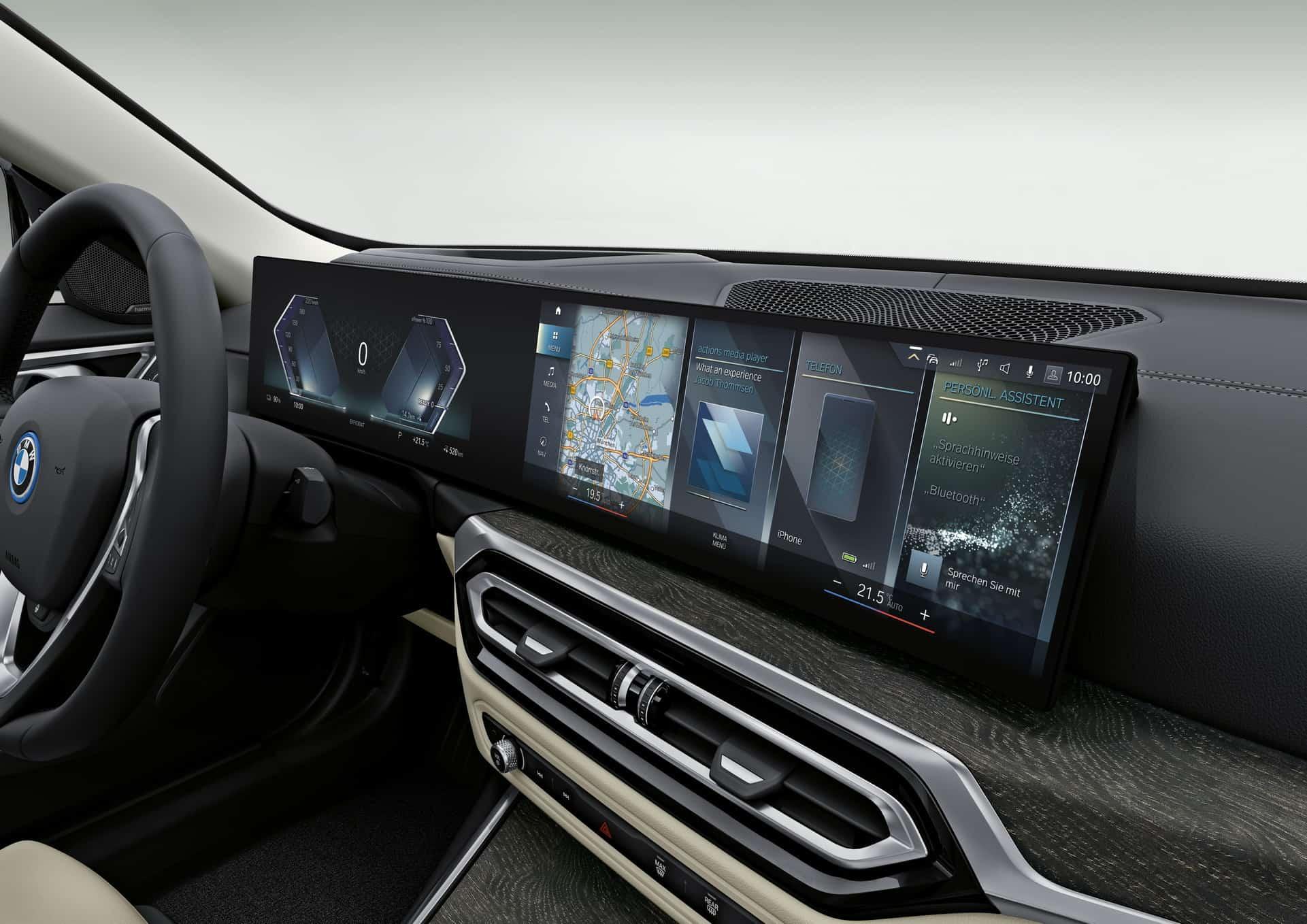 BMW i4 (Interior)